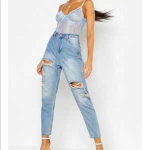 Boohoo ripped mom jeans NWO Tags